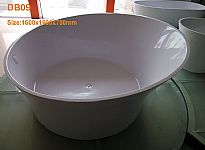 Freestanding resin bathtub